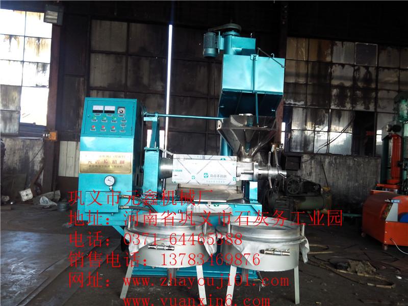 平阴县新型榨油机、芝麻榨油机厂家为客户创造财富,郑州市重合同守信用企业