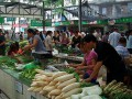 山东济宁城区部分蔬菜价格小幅上涨 芸豆身价赶超鸡蛋